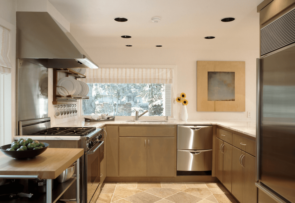 Kitchen remodel Sea Island with Stainless Steel